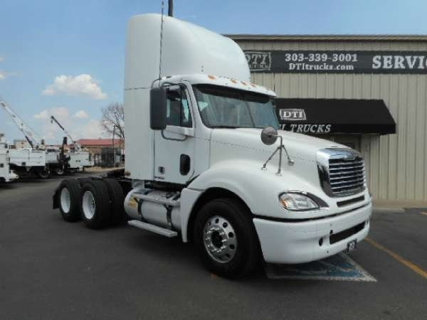 2009 Conventional Freightliner Columbia